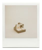http://robinwaart.nl/files/gimgs/th-85_85_003-1000-110115-1328-hrs-aalsmeer-nl-1977-1985-polaroid-land-camera-supercolor-1000-red-button-smooth-metal-strip-text-left-1977-1985-1000-eur.png