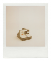 http://robinwaart.nl/files/gimgs/th-85_85_054-1000-110403-1511-hrs-rickenbach-de-1977-1985-polaroid-land-camera-supercolor-1000-text-in-red-and-black-1977-1985-840-eur.png