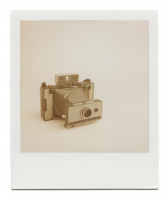 http://robinwaart.nl/files/gimgs/th-85_85_057-automatic-110403-2136-hrs-garching-de-1967-1969-polaroid-land-camera-automatic-230-1967-1969-1551-eur.png