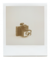 http://robinwaart.nl/files/gimgs/th-85_85_087-zip-1105011549-hrs-derby-derbyshire-uk-1972-1975-polaroid-land-camera-square-shooter-2-1972-1975-1070-gbp.png