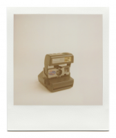 http://robinwaart.nl/files/gimgs/th-85_85_095-rounded-110614-0348-hrs-seattle-wa-us-1995-1996-polaroid-onestep-talking-camera-qps-600-film-indication-1995-1996-3349-usd.png