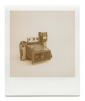 http://robinwaart.nl/files/gimgs/th-85_85_102-101b-automatic-070711-0238-hrs-atkinson-il-us-1971-1977-polaroid-automatic-land-camera-420-with-polaroid-focused-flash-1971-1977.png