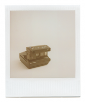 http://robinwaart.nl/files/gimgs/th-85_85_111-110b-spectra-110717-2201-hrs-munster-de-1994--polaroid-spectra-system-se-with-close-up-attachment-1994-.png