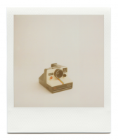 http://robinwaart.nl/files/gimgs/th-85_85_118-1000-110728-1741-hrs-rhode-offaly-ie-1977-1985-polaroid-land-camera-one-step-sears-special-1977-1985--1250-eur.png