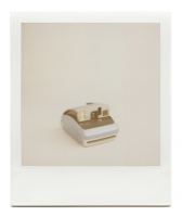 http://robinwaart.nl/files/gimgs/th-85_85_134-one-110827-1800-hrs-monmouthshire-uk-2004-polaroid-one600-classic-blue-top-and-grey-bottom-2004-2149-gbp.png