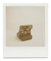 http://robinwaart.nl/files/gimgs/th-85_85_137-rounded-110908-0254-hrs-sharon-pa-us-1995-polaroid-one-step-1995-2224-usd.png