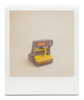 http://robinwaart.nl/files/gimgs/th-85_85_149-80s-111002-2048-hrs-tegelen-nl-1988-polaroid-supercolor-635-esprit-red-yellow-and-blue-1988-13675-eur.png